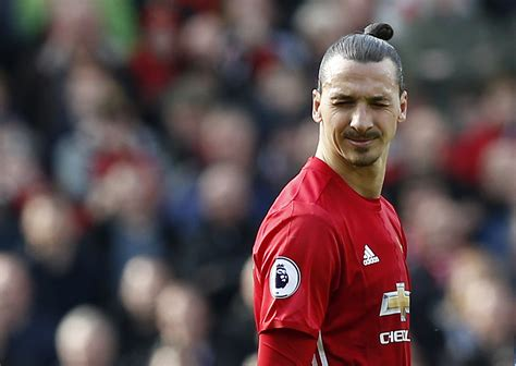 Manchester United: What Zlatan Ibrahimovic Staying at Old ...