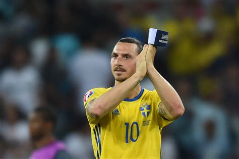 Manchester United: Zlatan Ibrahimovic 'Delighted' To Work ...