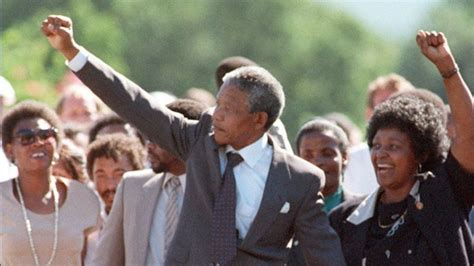 Mandela death: How he survived 27 years in prison   BBC News