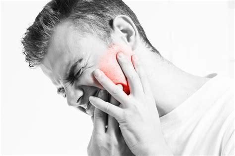 Mandíbula desencajada: causas y tratamiento — Mejor con Salud