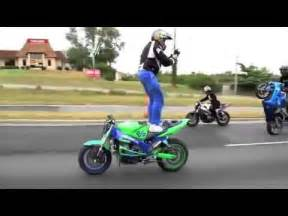 MANOBRAS INCRÍVEIS DE MOTOS ESPORTIVAS!!   YouTube