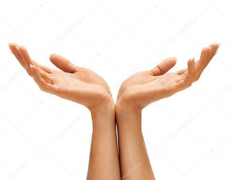 Manos de dos mujeres proteger algo, las manos vacías ...