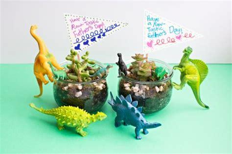 Manualidades infantiles con dinosaurios   Fiestas y Cumples