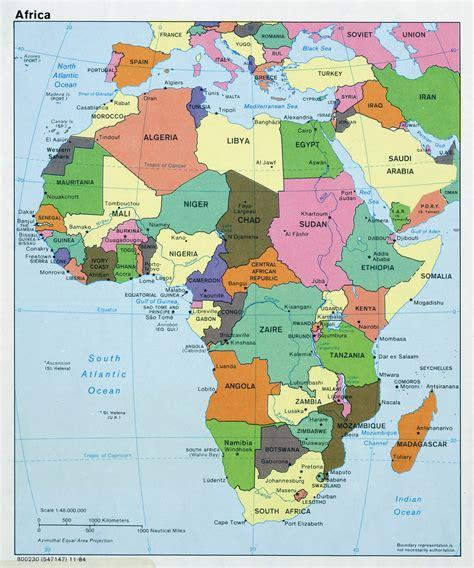 Mapa político grande de África, con capitales   1984 ...