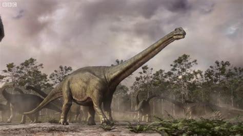Mapusaurus gang Vs. Argentinosaurus Planet Dinosaur BBC ...
