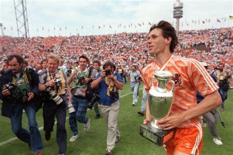 Marco van Basten: The Swan of Utrecht | Football Whispers