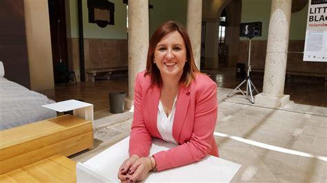 """María José Catalá  PP : """" Sobre VOX  Me niego a hablar de ..."""