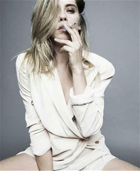 Maria Leon Barrios  @laleonademaria  Influencer Profile ...