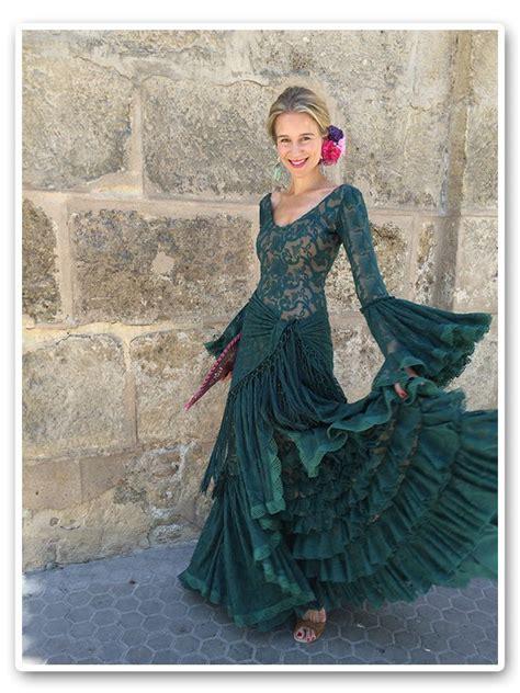 María León con vestido de Pepa Garrido | Trajes de ...