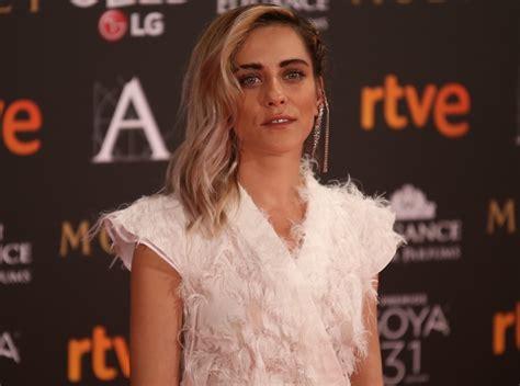 Maria Leon Estatura, Altura, Novio, Pareja, Edad【 Hot 】Piernas