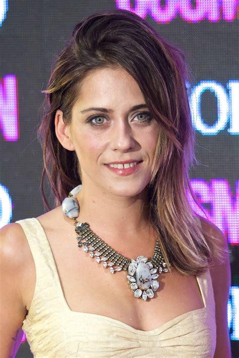 Maria Leon Photos Photos   Cosmopolitan Beauty Awards in ...