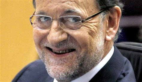 Mariano Rajoy  Es importante saber mirar a otro lado ...