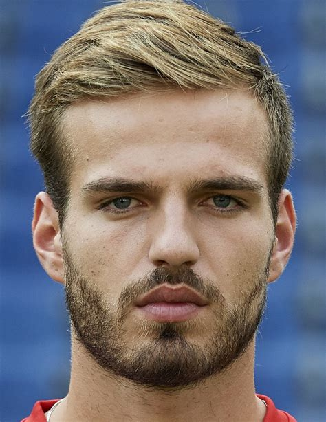Marin Pongracic   Player profile 20/21 | Transfermarkt