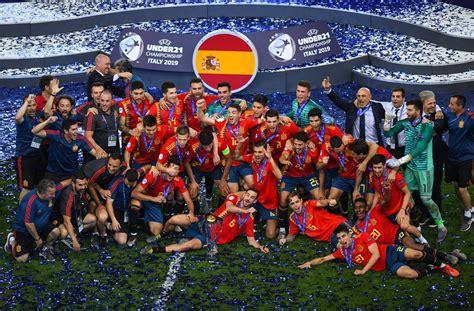 Martín, Simón y Sivera son campeones de Europa sub 21 ...