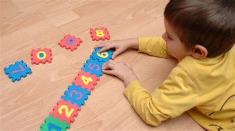 Maths and Puzzles: learning area   CBeebies   BBC