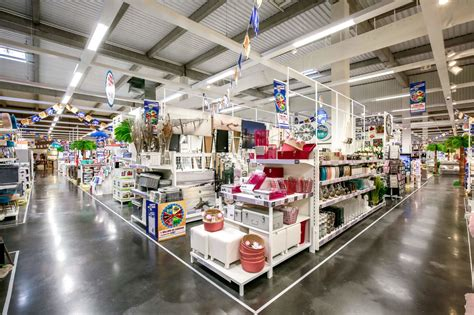 Maxi Zoo   Centre commercial Carrefour Grand Evreux