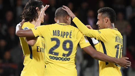Mbappe nets debut strike as PSG thrash Metz | The Guardian ...