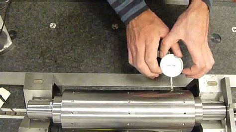 Measuring Total Runout Using a Dial Gauge   YouTube