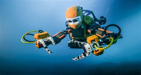 Meet Ocean One: The Humanoid Robot Exploring Our Oceans ...