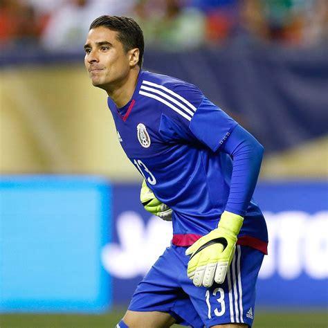 Memo Ochoa patience rewarded with role as Malaga starter ...