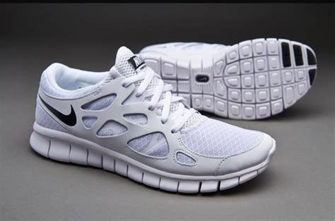 Mens Shoes   Nike Sportswear Free Run 2 NSW   White/Black