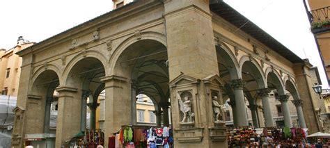 Mercado Nuevo  Loggia del Porcellino  Plaza de la ...
