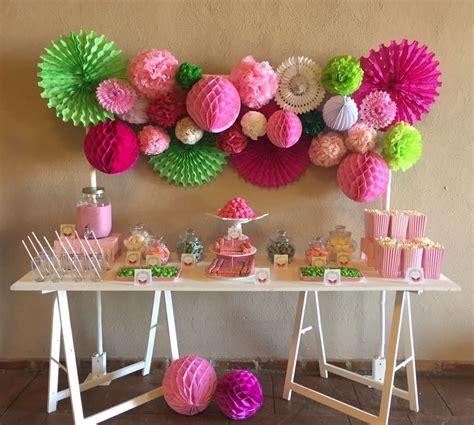 Mesa dulce pompones | Mesa de dulces, Comunion niño, Dulces
