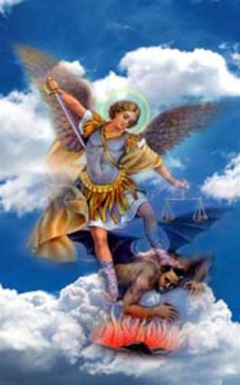 Metafísica Miami: Arcangel Miguel
