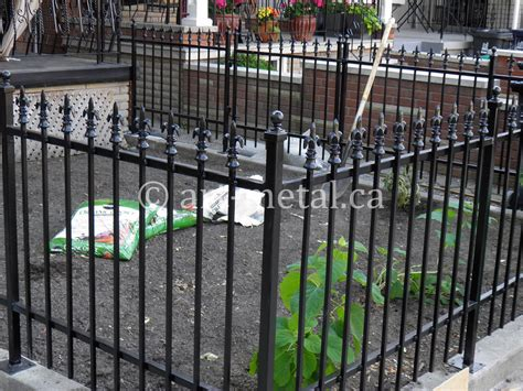 Metal Garden Gates from Wrought Iron and Cast Iron in Toronto