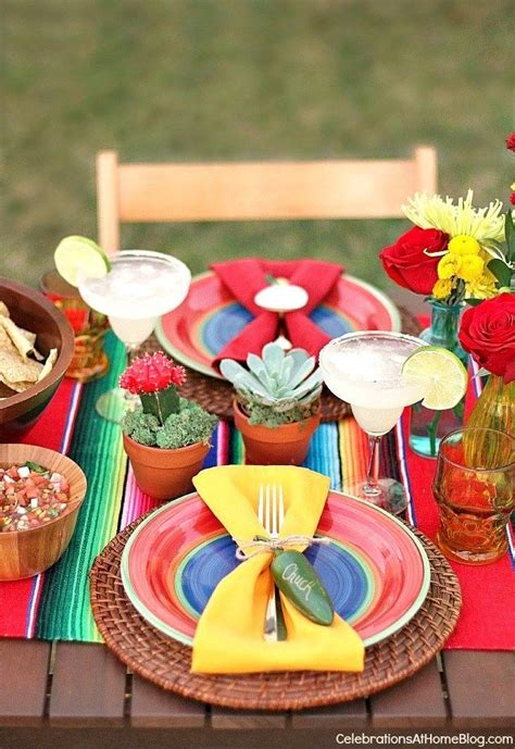 Mexican Party Ideas and fiesta themed tablescape | Mexican ...