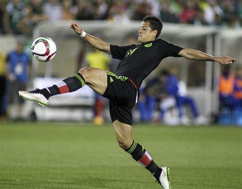 Mexico national soccer team beats Ecuador, 1 0, at L.A ...