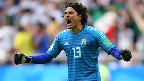 Mexico national team: Goalkeeper Guillermo Ochoa sets ...