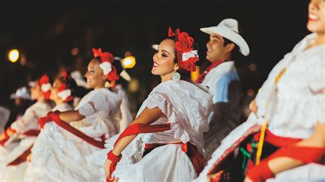 Mexico s Folk Dances: Costumes and Features   Vallarta ...