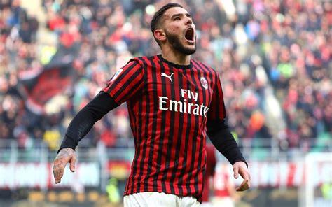 Mezza Europa su Theo Hernandez, l agente:  Resta al Milan