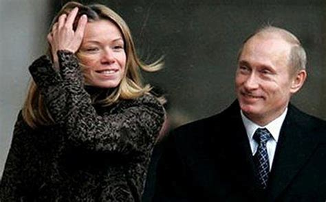 MH17:  Maria Putin is welcome in Holland. But not her ...