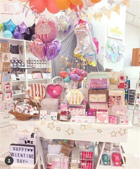 Mi próximo proyecto | Interiores de tiendas de regalo ...