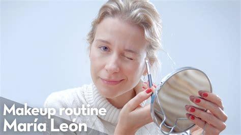 Mi Rutina de Maquillaje   María León   YouTube