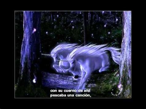 Mi unicornio y yo hicimos amistad un poco con amor ...un ...