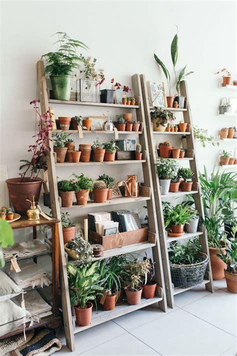 Mid Century Modern Plant Stands Ideas & Inspiration #DIY # ...