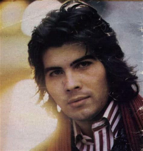Miguel Gallardo  canciones en  .wav  ... escuchar y bajar