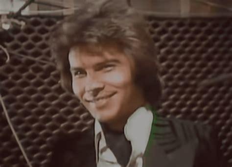 Miguel Gallardo, el cantante y compositor de los 70 que se ...