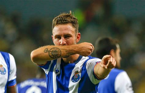 Miguel Layún May Be One of the Best Mexicans in Europe
