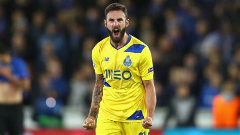 Miguel Layun Porto Champions League Team of the Week ...
