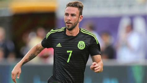 Miguel Layun: Should He Play On The Right Or The Left?