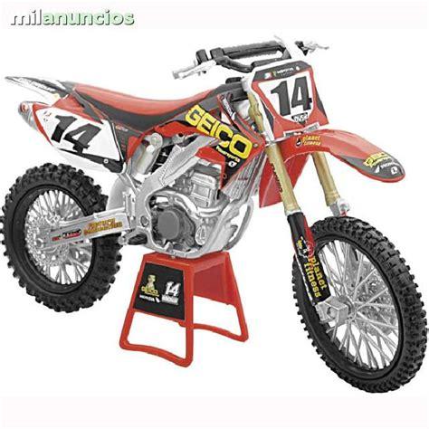 MIL ANUNCIOS.COM   Replicas de motos a escala 1:12
