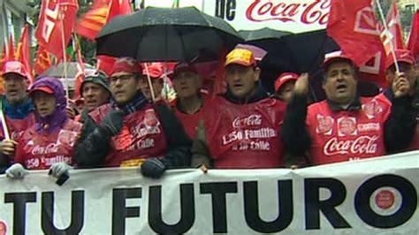 Miles de trabajadores de Coca Cola se manifiestan en Madrid