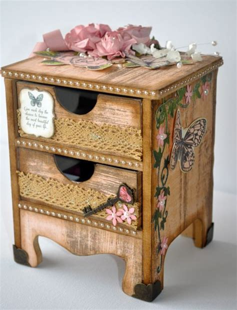 Mini Dresser BTP by Kelly Ann Oosterbeek. Love those ...