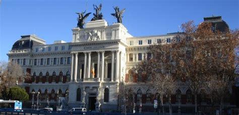 Ministerio de Agricultura. Madrid en bici. | Rutas Pangea