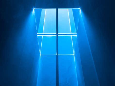 Mirá el origen del fondo de escritorio de Windows 10 ...