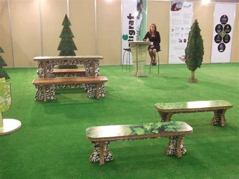 Mobiliario de Exhibición para Jardín 100% construido con ...